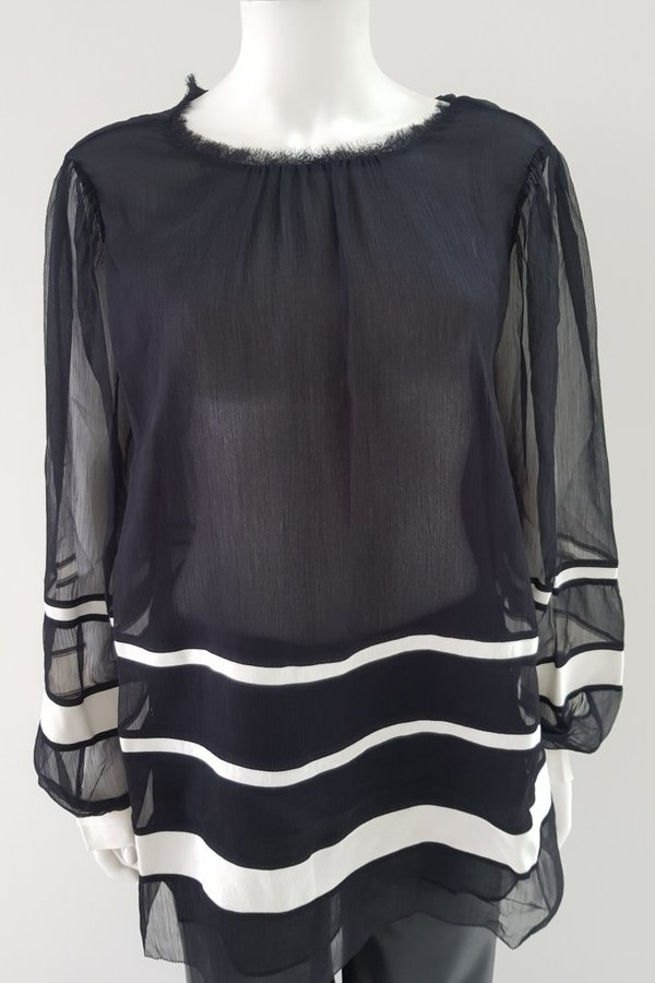 Transparante Wijde Blouse Donkerblauw van Marccain